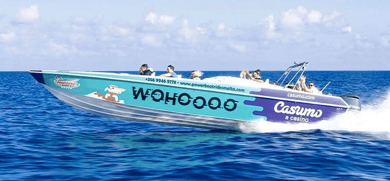 Jada – Casumo har fått racerbåt!